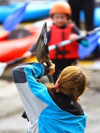 Curso de verano de kayak en Irlanda