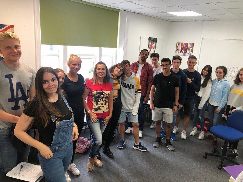 Bournemouth aprendiendo inglés