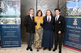 """Colegio privado en Irlanda """"Villiers School"""""""