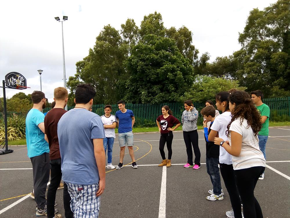 Deportes en curso de verano para jóvenes en Arklow, Irlanda