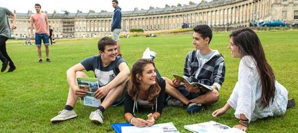 estudiantes_campus_londres